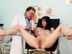 Amateur Mother vag...
